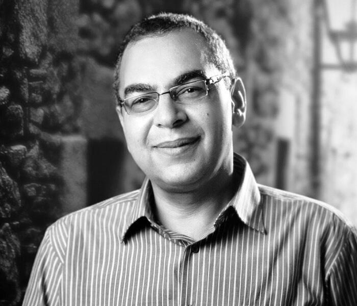 مقال تليفونيس للراحل أحمد خالد توفيق (لا يوجد وهم اسمه الخصوصية)
