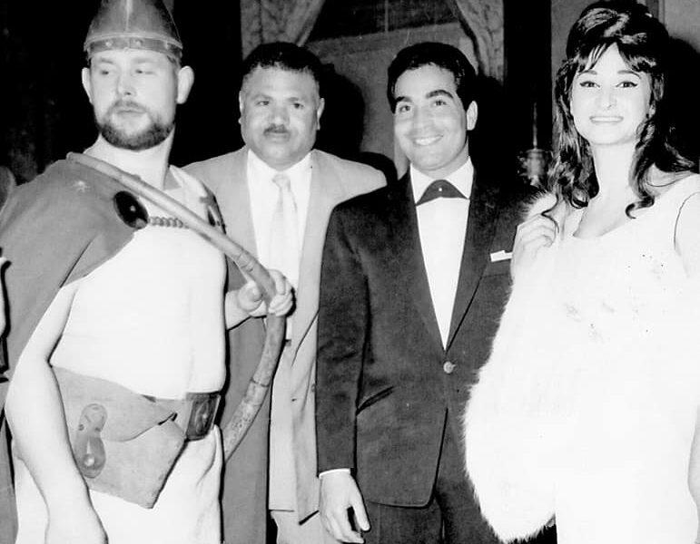 مصطفى أمين وعبد الحليم حافظ| صور نادرة لافتتاح فندق عمر الخيام