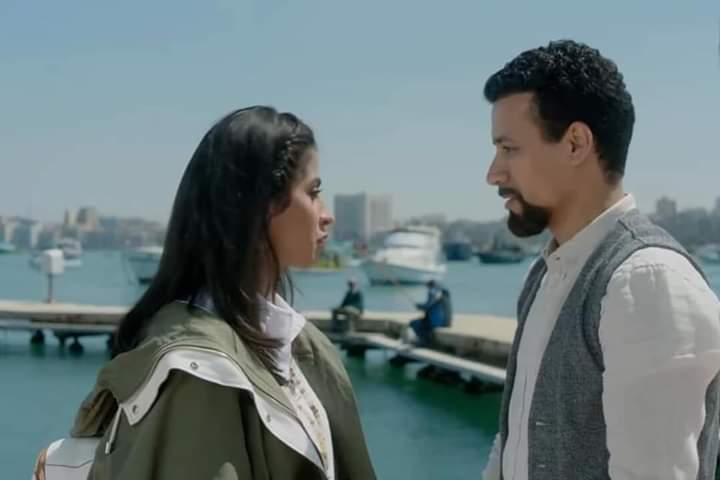 أهو ده اللي صار | قصة غرام على أريكة عمر بن الفارض