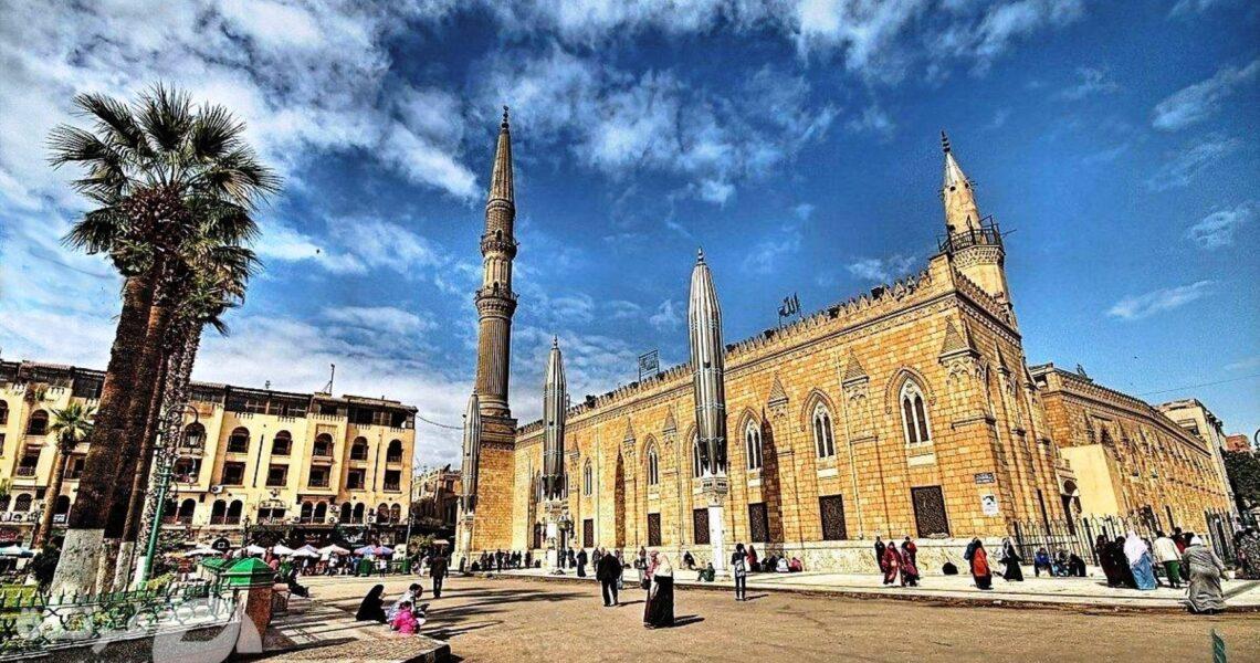 غلق مسجد سيدنا الحسين| صوفية مصر حزانى