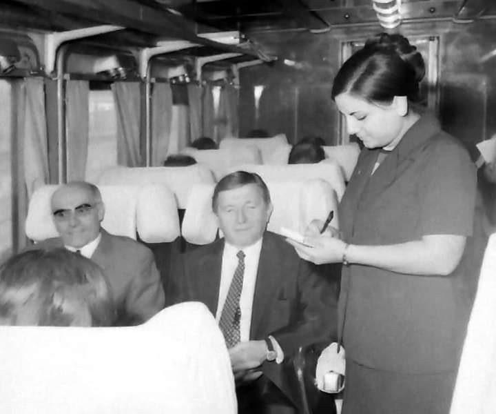 من سيدة القطار لـ باب الحديد| الفن وسكك حديد مصر