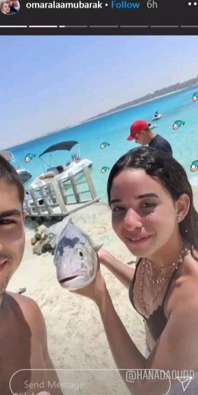 حفيد حسني مبارك بالمايوه مع فنانة شهيرة  صور