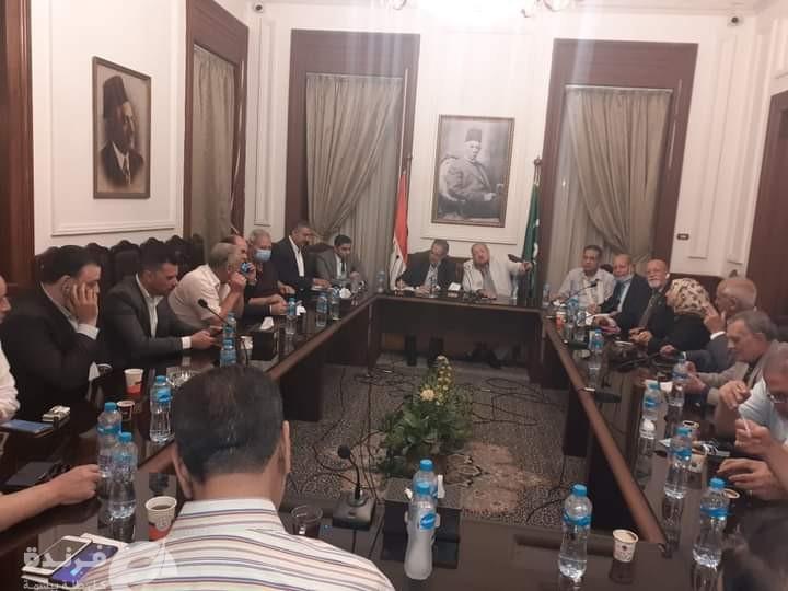حزب الوفد   أبو شقة يلغي تفويض فؤاد بدراوي ويصر على الانتخابات المبكرة