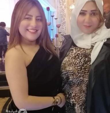 الإعلامية جيهان سالم تشارك في حفل زفاف حفيدة شعبان عبد الرحيم (صور)