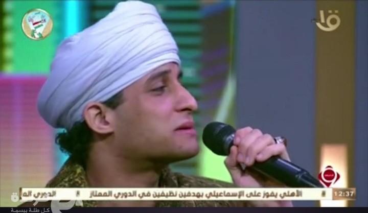 """بقصيدة """"على قدري أصوغ لك المديح"""" الشيخ أحمد التوني يطرب جمهور التاسعة مساء"""