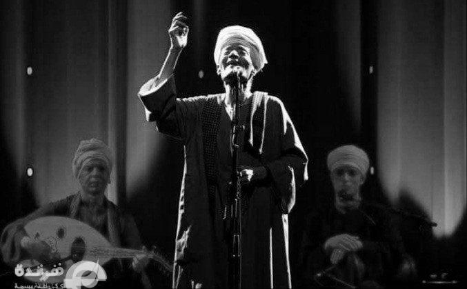 يقولون ليلى بالعراق مريضة |حكاية قصيدة تجلى في شدوها الشيخ التوني (صوت)