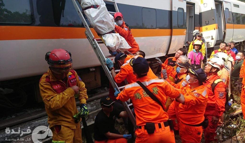 الرئيس الصيني ينعي مواطنيه الذين قتلوا في حادث قطار تايوان