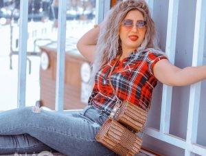 موقع فرندة يهنئ الفنانة رانيا شعبان بعيد ميلادها ❤